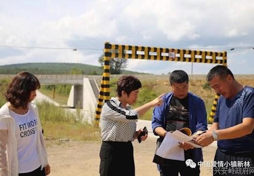 新林区政府副区长杨影深入2018注册送体验金68景点施工地现场办公