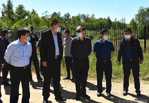 省自然资源厅党组书记、厅长鄂忠齐到塔河县调研指导